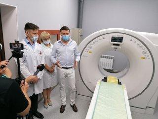 На базі Центральної міської лікарні відкрили сучасний діагностичний центр із першим комунальним комп'ютерним томографом (ФОТО)