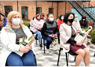 Їх відданість – неоціненна: медичних сестер кропивницьких медзакладів привітали із професійним святом