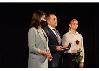 У Кропивницькому з нагоди професійного свята відзначили медичних працівників